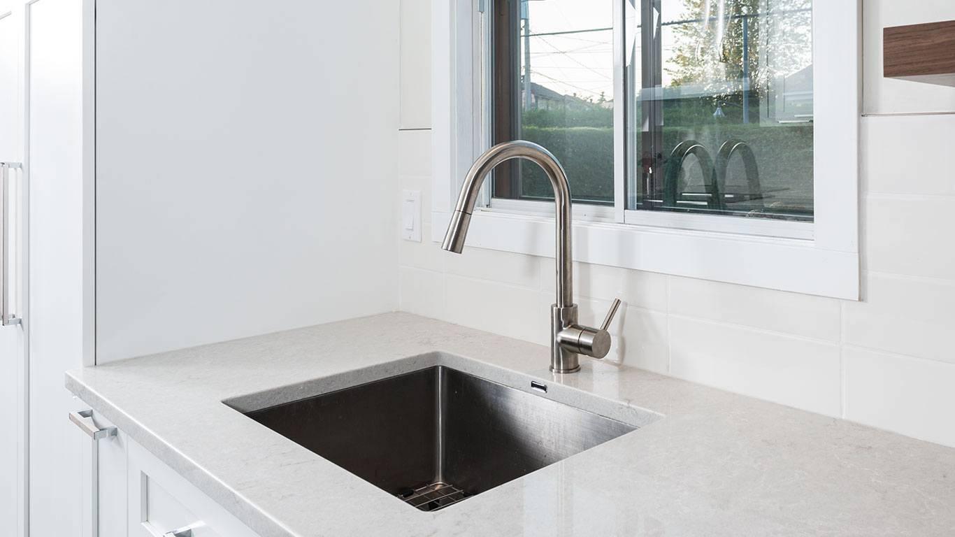 100 robinetterie salle bains capteur robinet for Accessoire salle de bain kijiji